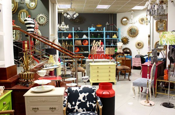 Desde el almac n chic from the chic warehouse vintage for Muebles antiguos asturias